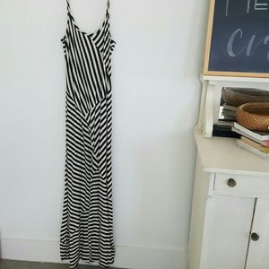 monteau | maxi alternating stripes dress